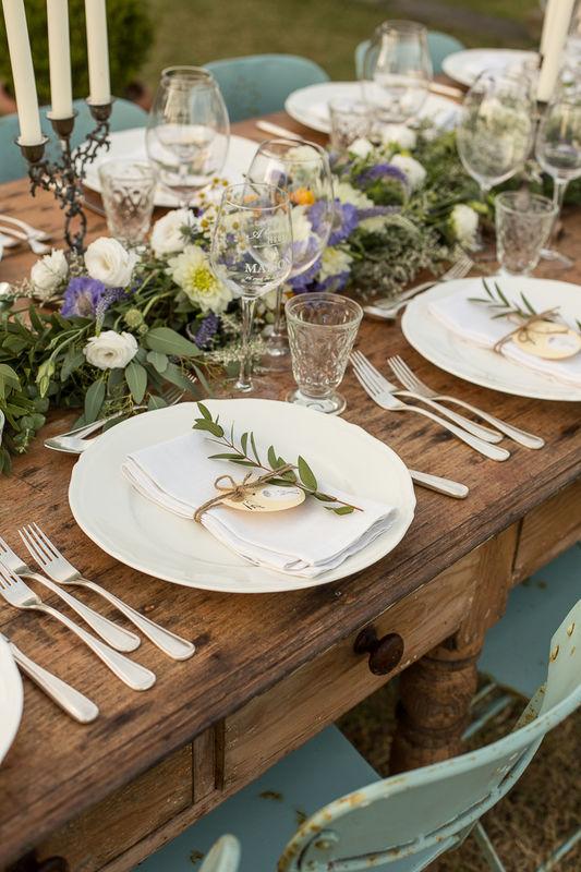 Metti una calda sera d'estate nella campagna toscana...destination wedding per pochi intimi..