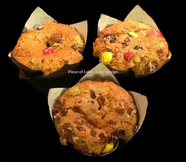 Os nossos famosos Muffins de variadíssimos sabores: M&ms, Smarties, Geleia de morango, Cereja, Frutos do bosque, Canela, Chocolate etc.....