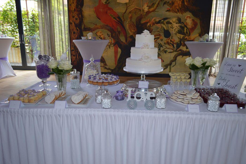 Sweet Table geheel in de stijl aan te passen naar het gewenste kleur thema