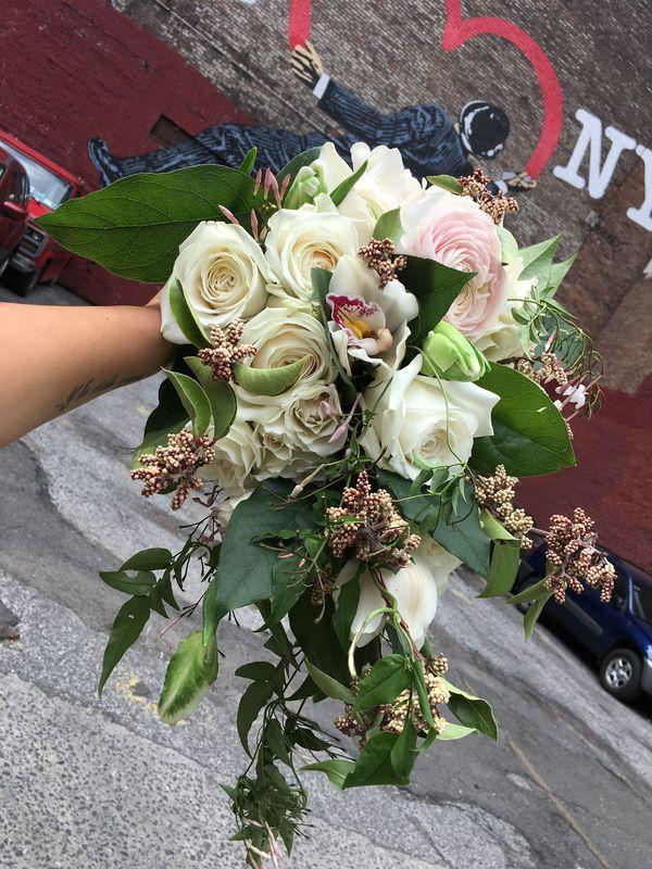 Ramo Cascada Bouquet - Muscari Diseño Floral