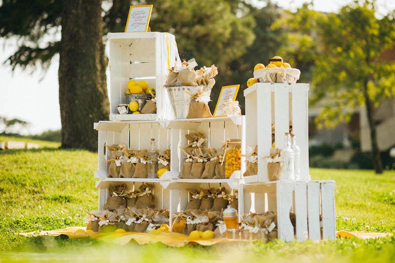 Angolo bomboniere - matrimonio a tema limonie