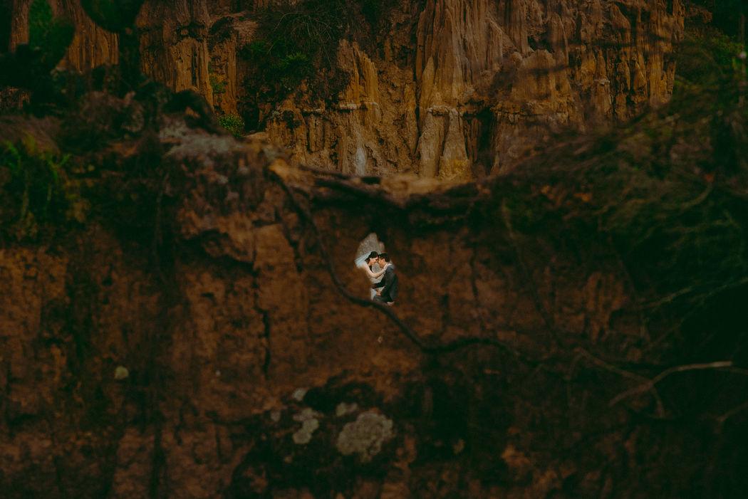 Camilo Nivia Fotógrafo Documental de Bodas