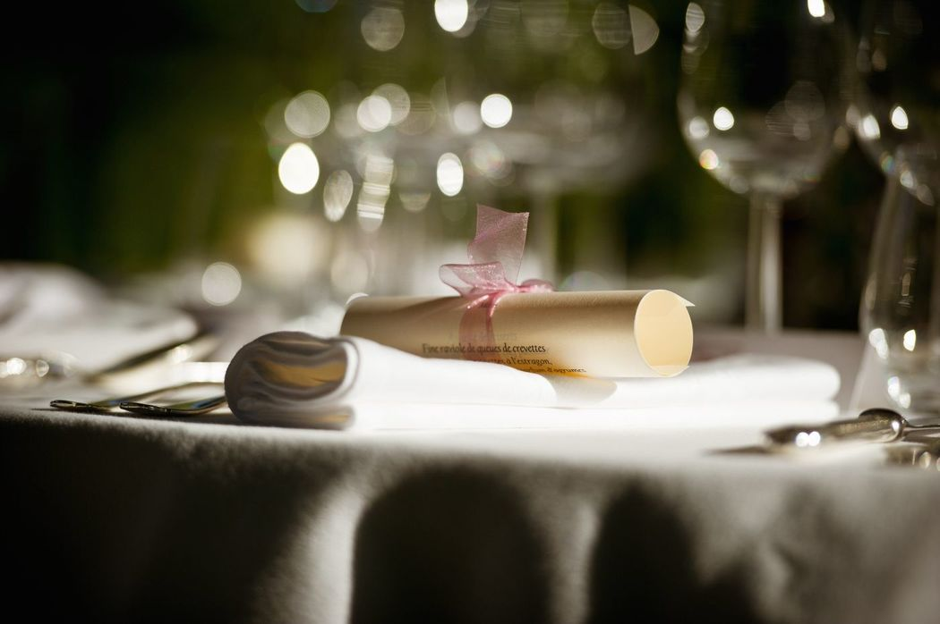 Sous les oliviers : Mariage d' Août aux Baux de Provence. SOLEYADINE Wedding