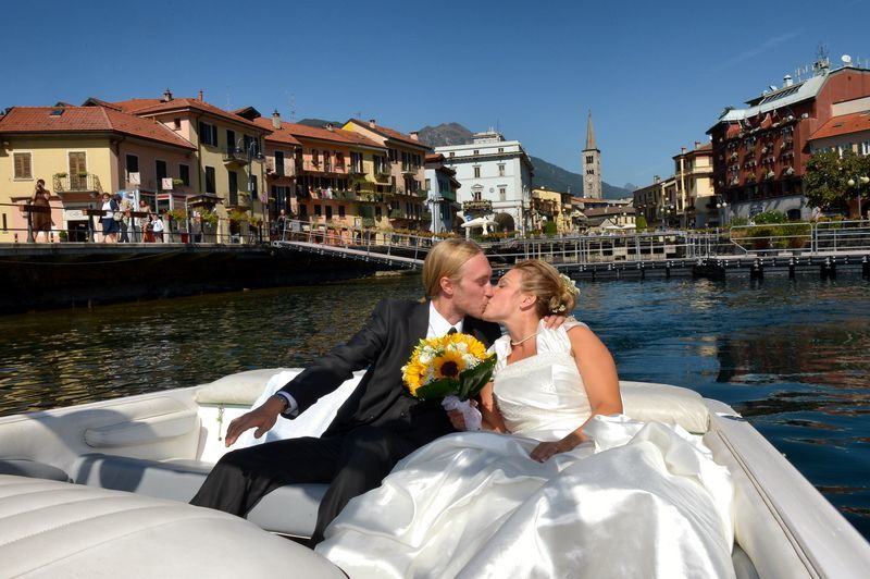 Just Married Lago d'Orta  - Mario Curti Photographer
