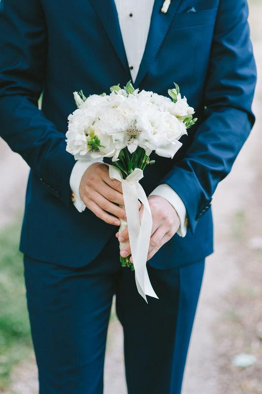 Ślub z minwedding - papeteria, kwiaty, dekoracje aranżacja, kwiaty: minwedding zdjęcie: Photoduet