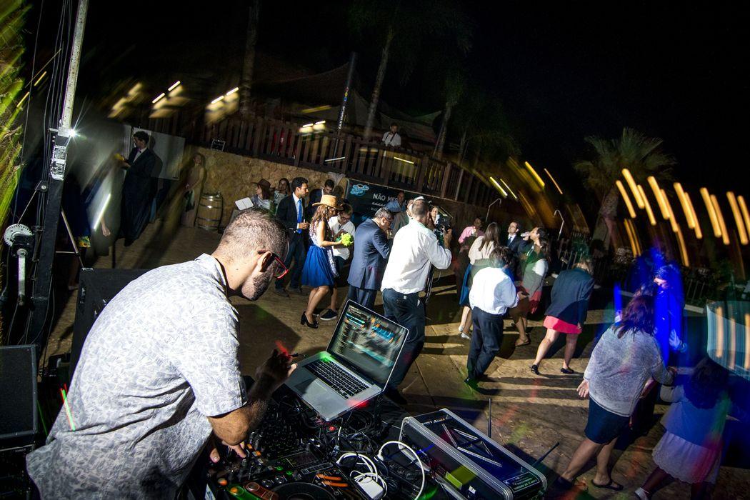 DJ e festa