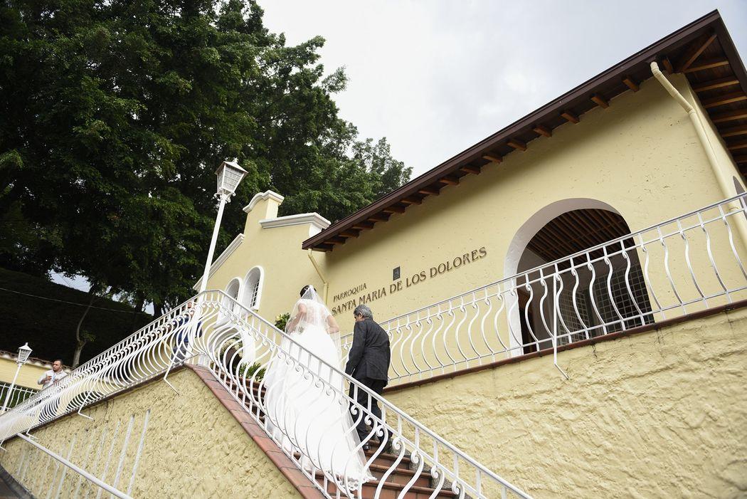 entrada de la novia - fotografos en santa maria de los dolores