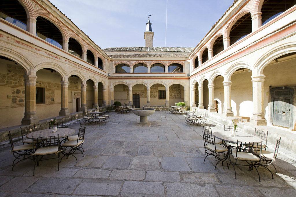 Restaurante Claustro de San Antonio El Real