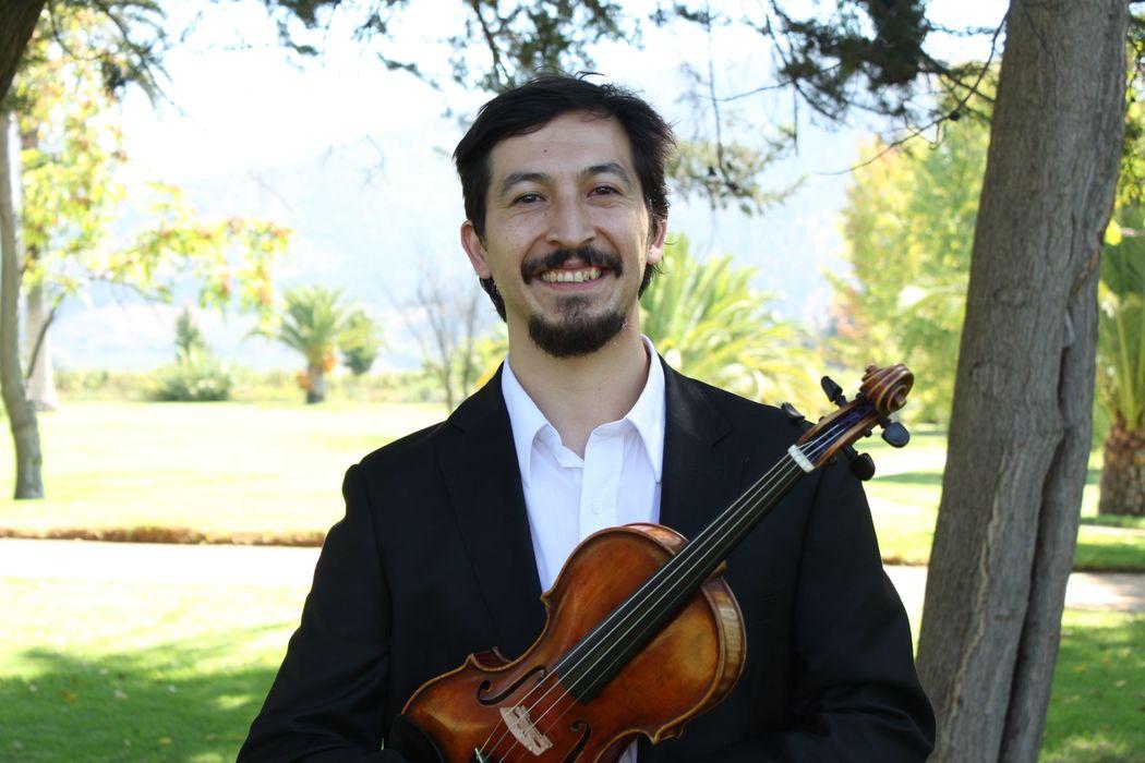 Fabián Esparza - Violín