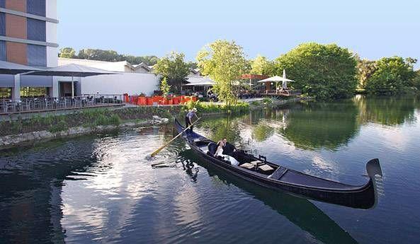 Beispiel: Gondel, Foto: Lago Hotel & Restaurant.