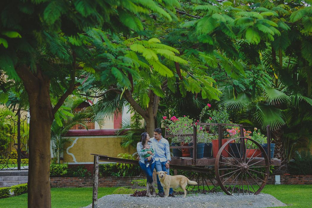 E. session Hacienda Rijo
