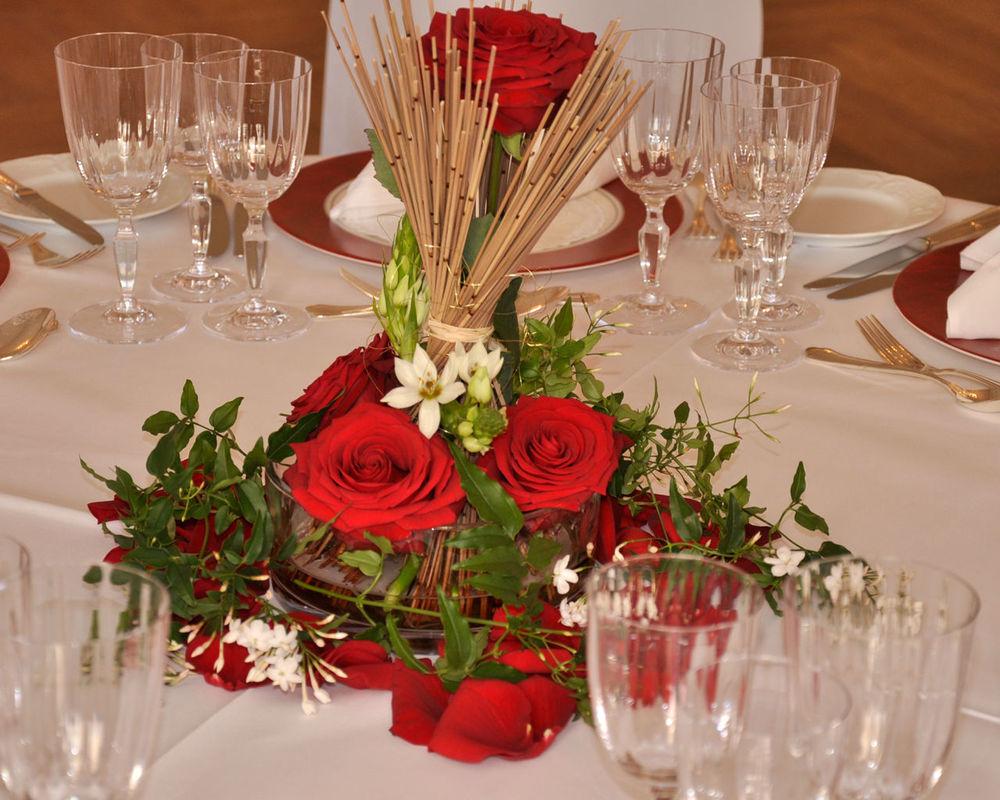 Beispiel: Tischdekoration, Foto: Blumenkunst im Prinz-Karl Palais.