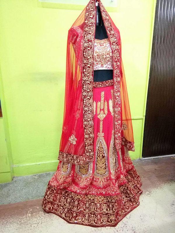 Aaina Designer Boutique