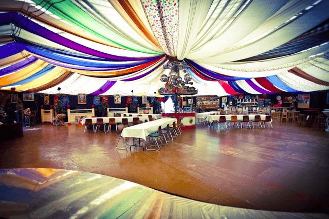 Beispiel: Innenraum - Tanzfläche, Foto: Chapiteau Düsseldorf.