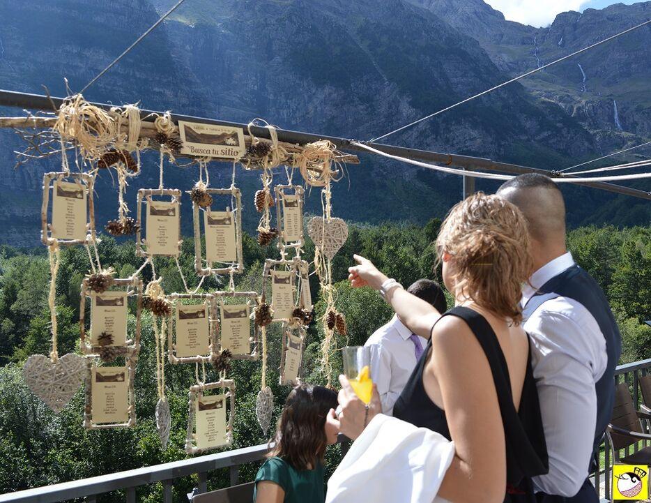 Seating plan en una boda en el Pirineo de La Lola se Va de Boda