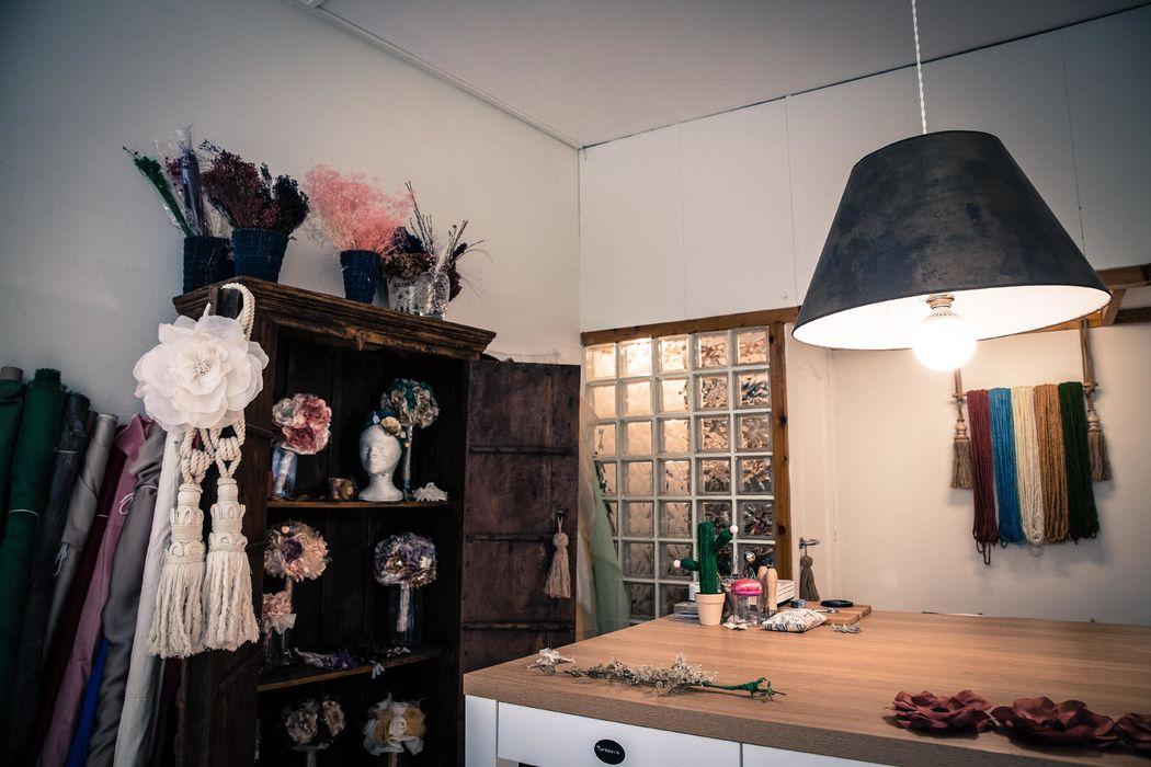 LULABI Handmade Flowers/ Atelier