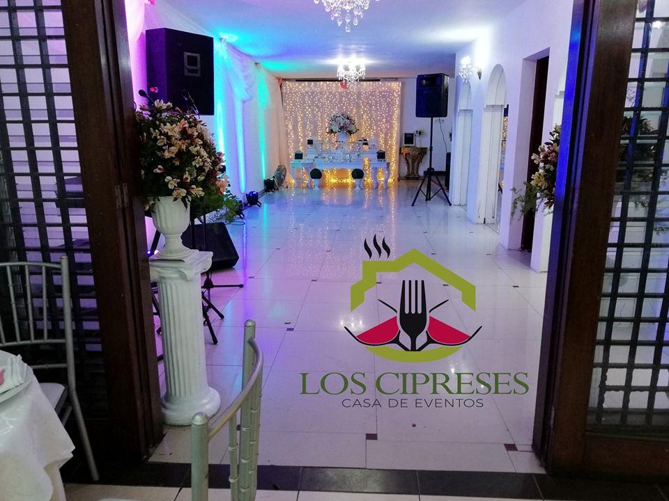 Los Cipreses Casa De Eventos