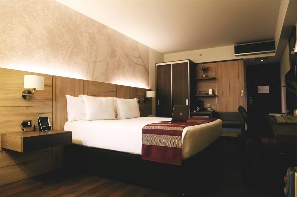 Aku Hotel