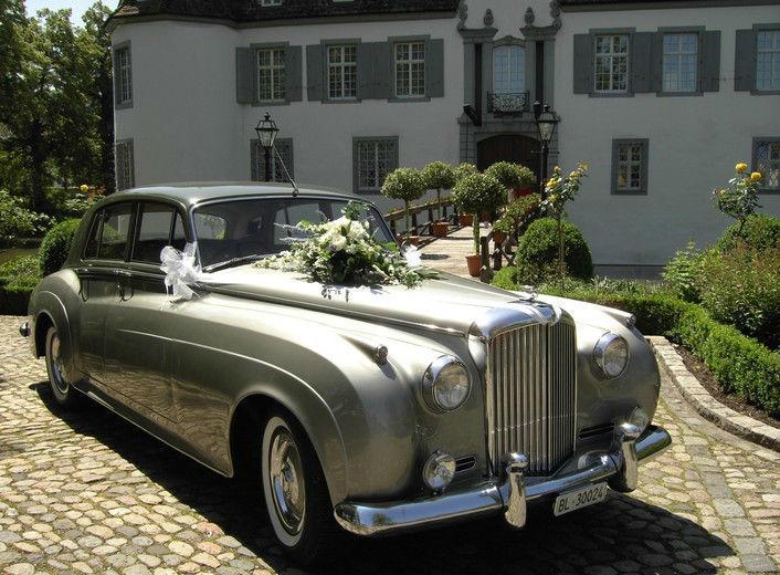 Beispiel: Brautauto, Foto: Weddingpoint.