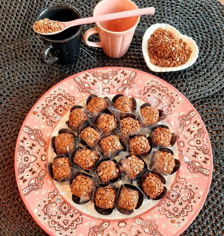 Cacahuatt Chocolates e Café