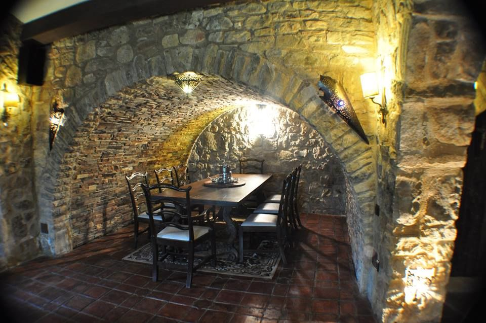 Masia Fortaleza Medieval La Manyosa