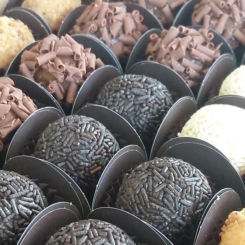 Chocolat Confeitaria Artesanal