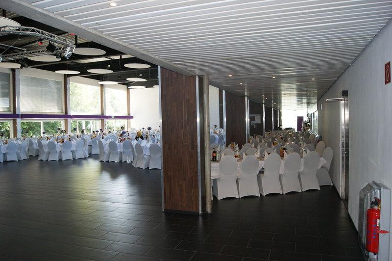 Beispiel: Tischanordnung, Foto: Cantína.