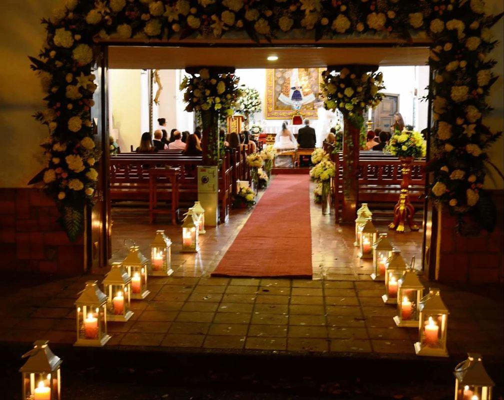 Ceremonia Católica - Boda en Medellin