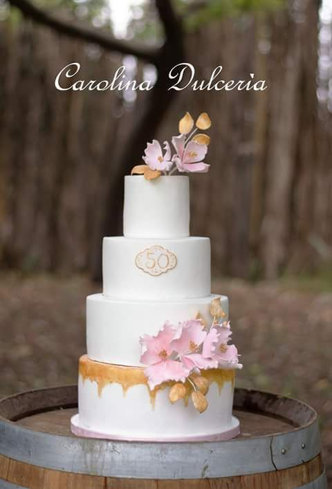 Torta novios aniversario bodas oro