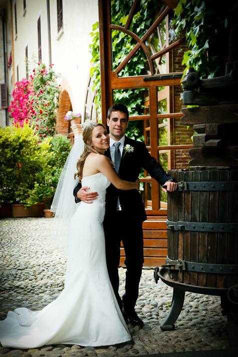 Sposi nel cortile antico