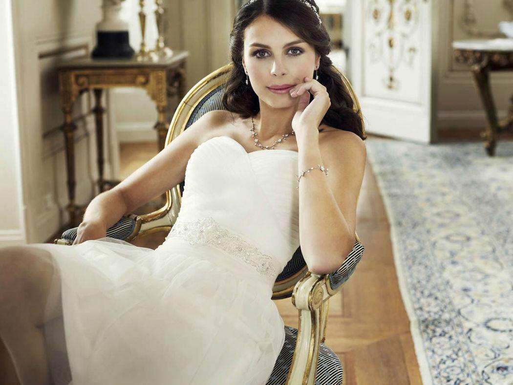 Beispiel: Kleider für die Braut von heute, Foto: Magy's Brautmode.