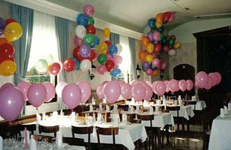 Beispiel: Ballons als Tischdekoration, Foto: Krickl Ballons.