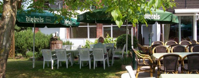Beispiel: Biergarten, Foto: AKZENT Landhaus Heinen.
