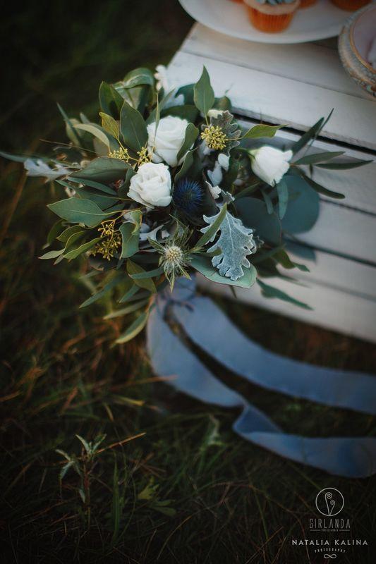 Bukiet ślubny z eukaliptusami fot. Natalia Kalina