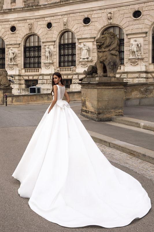 Oksana Mukha - Robes de mariée