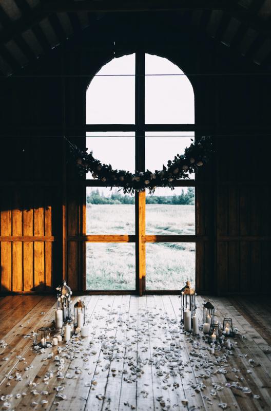 Первый Свадебный Амбар в Петербурге