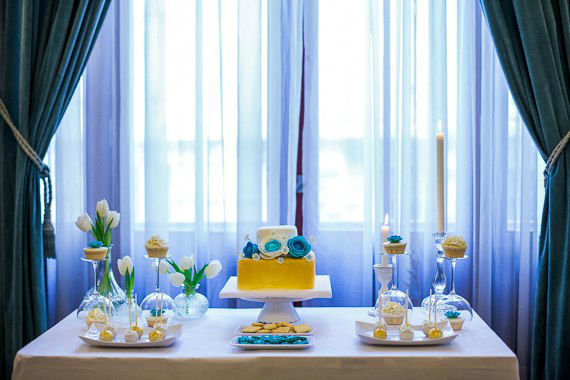 Mesa de doces para o Showcase You + Us Fun do Simplesmente Branco.