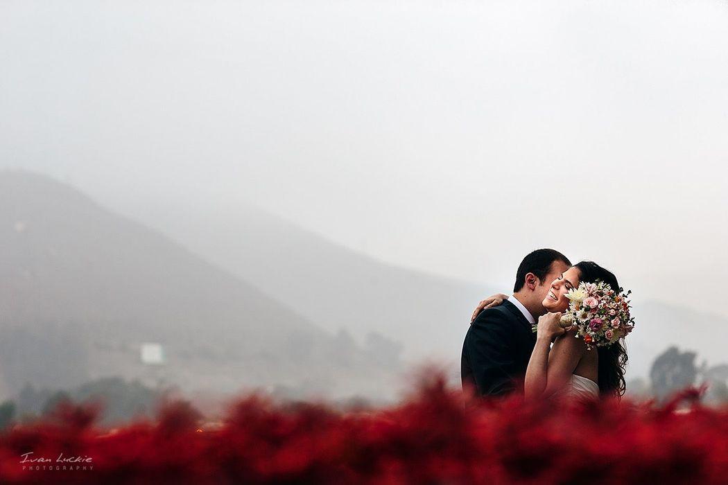 Retrato de boda en Peru increíble escenario