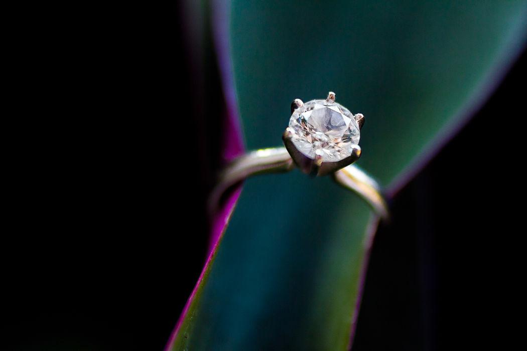 Anillo, Antonio Saucedo Photography, fotografía y video para tu boda.