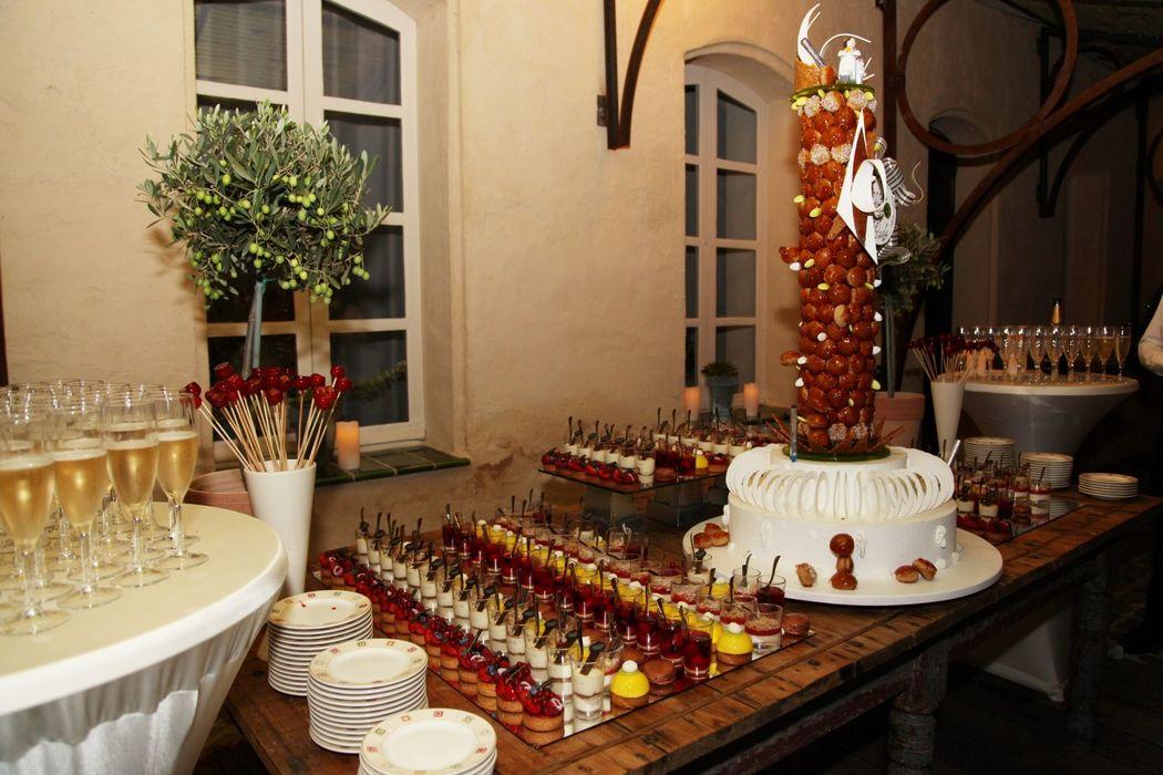 Pièce Montée et Buffet Dessert