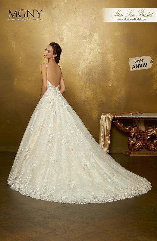 Style ANVIV Oana  Crystal beaded alençon lace appliqués on tulle ball gown with hemlace over chantilly lace