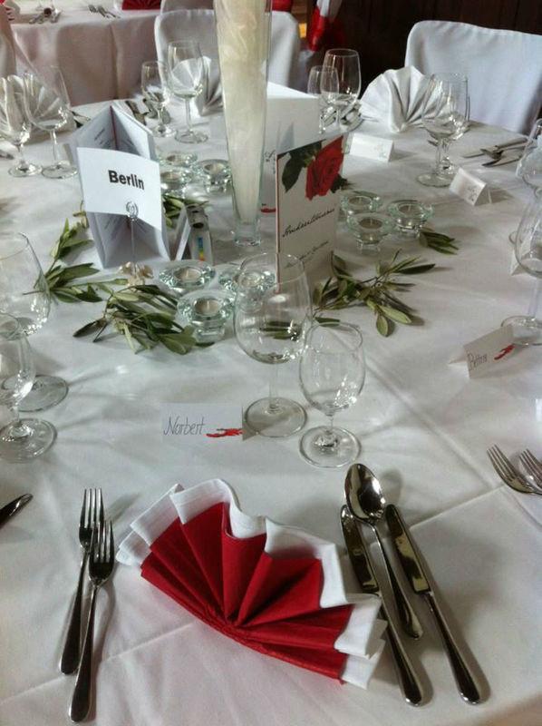 Beispiel: Tischdekoration, Foto: Bar and more Eventcatering.