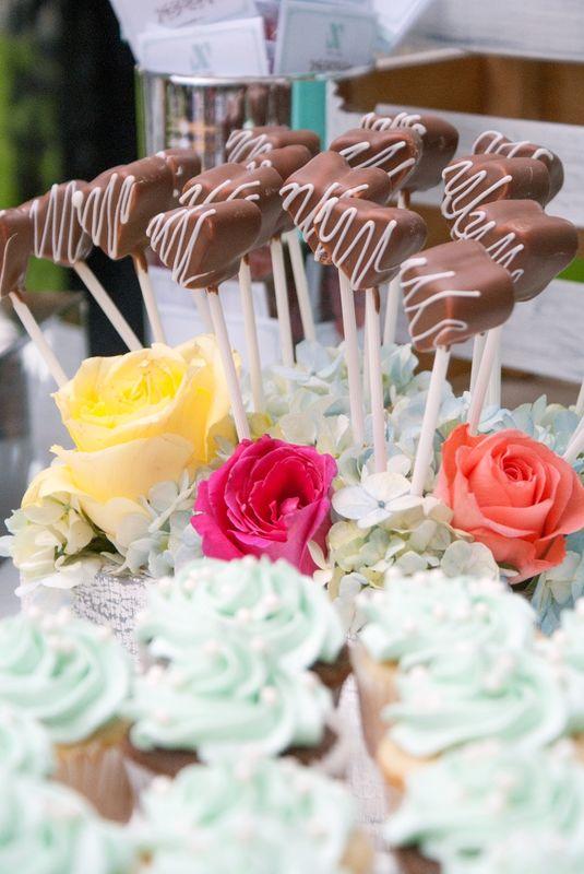 Bombones cubiertos de chocolates, d elos dulces favoritos!!!