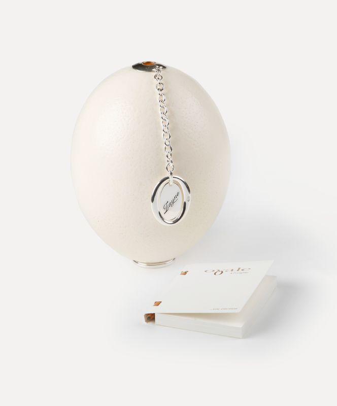 Véritable œuf d'autruche avec sa médaille à graver