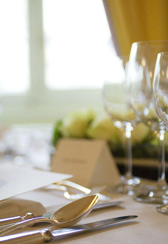 Beispiel: Tischdekoration, Foto: Zunfthaus zur Meisen.