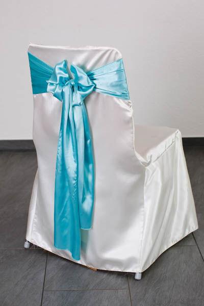 Beispiel: Stuhlhusse mit Schleife, Foto: Stuhlhussen Maurer.