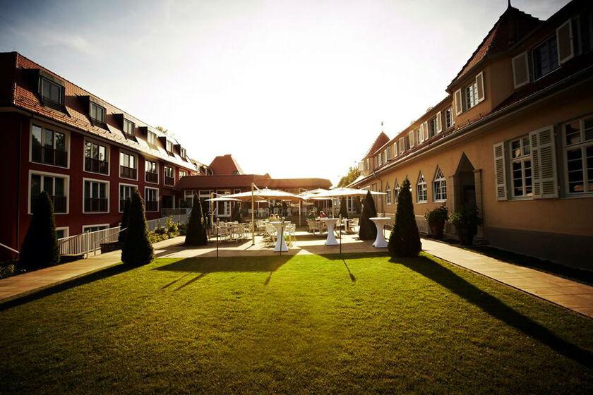 Beispiel: Terrasse, Foto: Waldhotel Stuttgart.