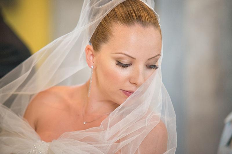 La sposa in chiesa