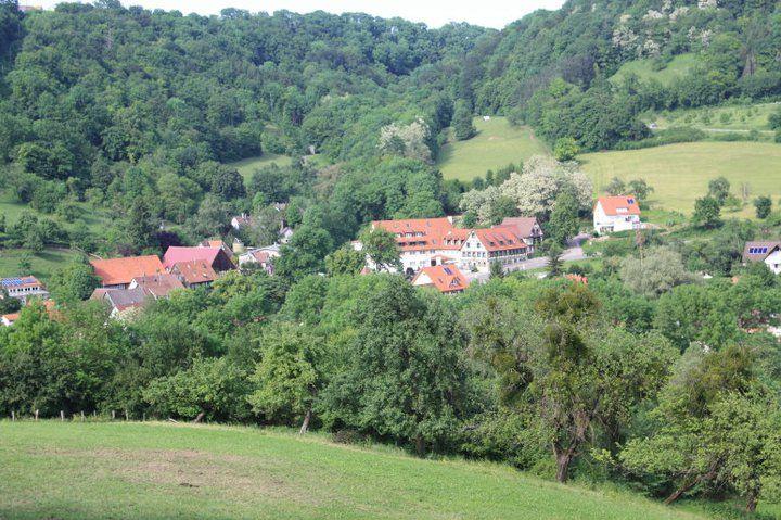 Beispiel: Blick von den Bergen, Foto: AKZENT Hotel Goldener Ochsen.