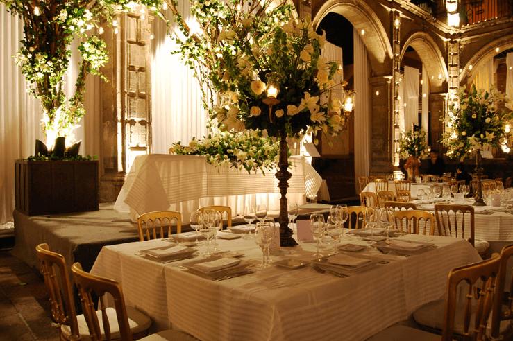 Montaje de mesa  para boda de Banquetes Kunz